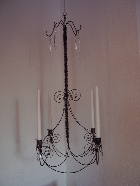 Gracefull chandelier 2220